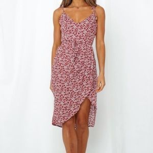 NWT Hello Molly midi dress
